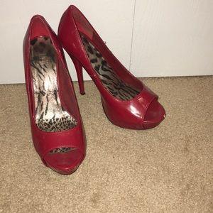 Shii red stilettos. Size 8